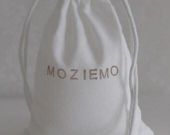 MozieMo Mineral Bath