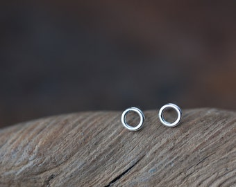 4.5mm Teeny Tiny Stud Earrings, Very tiny hoop earring, Sterling silver stud earrings, o contemporary small circle studs for man, woman