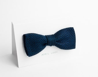 Bow tie, navy blue - double sided