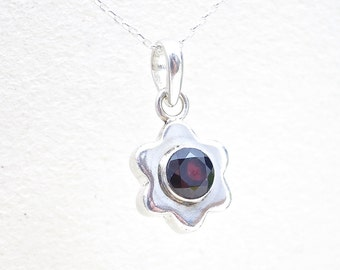 Garnet Pendant, Flower Necklace, Silver Pendant Necklace, Silver Necklace, Statement Necklace, Stone Necklace, Unique Necklaces, Necklace