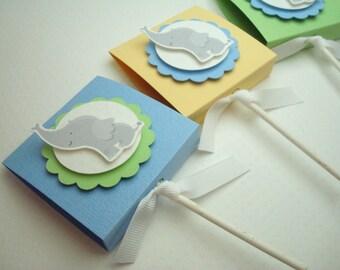 Bébé éléphant sucette des faveurs pour les garçons, des couleurs Pastel, ensemble de dix