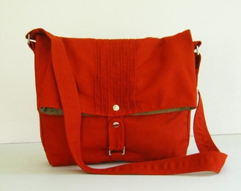Sale  - Canvas Bag in Burnt Orange - Messenger / Diaper bag / Crossbody bag / Tote / Handbag / Shoulder bag / Women / Purse - FIONA