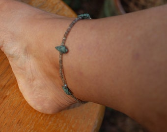 Diamond Cut Labradorite Anklet with Greek Copper Patina Conch Shell Charms, Sterling Silver Anklet, Beach Anklet, Boho Anklet, Bohemian