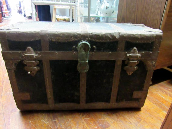 Flat top steamer trunk smaller size Crouch & Fitzgerald