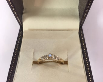 Vintage 9ct Yellow Gold Diamond Ring Size M
