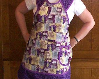 Purple Wine Apron - New Retro Style Kitchen Apron - Wine Print - Size Small