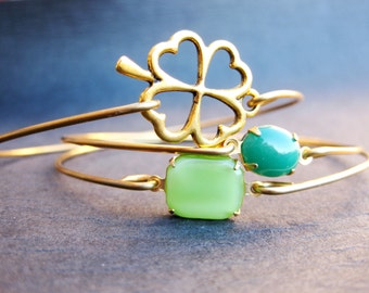 St. Patricks Day Lucky Shamrock Bangle Bracelet Set, Gold 4 Leaf Clover, Clover Jewelry, Lucky Bangle Set, Lucky Jewelry set, Gold Jewelry