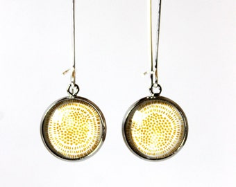 Cabochon 14 mm yellow minimalist earrings