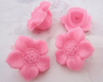 20 pcs. pink plastic flower shank buttons 17mm - f5332