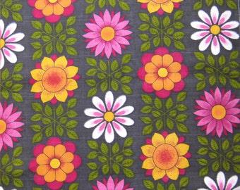 Vintage 60s Barkcloth FQ Fabric Flowers Retro Scandinavian Style