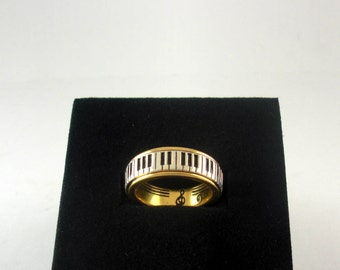 Piano Ring Wide Keys, Gold Plated Silver 925