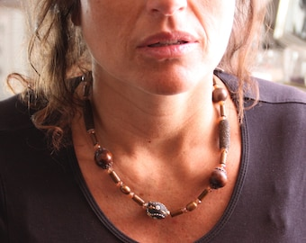 Ethnic necklace, wood, Crystal and Pearl whims