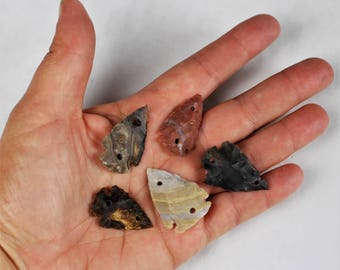 "Mulitpack 1"" Agate Arrowheads DRILLED 2 HOLE CONNECTORS Stone Knapped Arrowhead Spear Point Reproductions bulk wholesale"