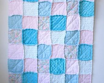 Aqua pink rag quilt - Baby girl rag quilt - Crib rag quilt