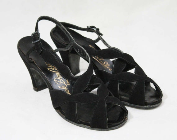 Pin Pump Buckle Late 5 Small Style 1940s NOS Peep Deadstock Size Size Toed Toe Black Shoes 40s Up 49165 Strap Suede Open Cage Sandal TPvxx6q