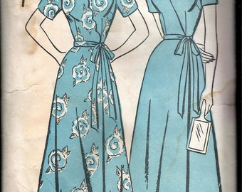 Vintage 1946 Advance 4331 Wrap-Over Housecoat or Robe With Scalloped or Straight Front Sewing Pattern Size 14 Bust 32""