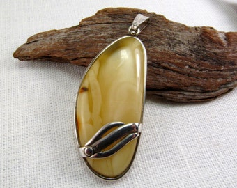 """Elegant Baltic Amber Butterscotch Necklace 2.55"""" Drop Yellow Baltic Amber Pendant 13,6 gram Sterling Silver Natural Amber Jewelry"""