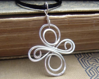 Celtic Knot Cross Pendant, Sterling Silver Celtic Cross Necklace Confirmation Gift Celtic Necklace, Irish Celtic Jewelry, First Communion