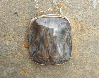 Elegant Turkish Stick Agate Pendant, Goldfilled, Silver, Rectangular, Stick Agate, Shades of Brown, Blue-Grey