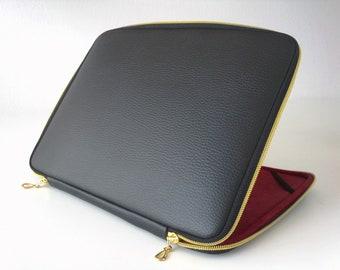 Classical Reliable Macbook Case, Macbook Case Black/Golden