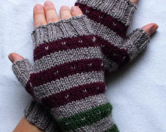 handknit fingerless gloves made with wool, mittens with colorful stripes, winter gloves, beige wrist warmers, driving gloves, MADE TO ORDER