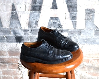 Vintage Florsheim Imperial Wingtip Black Leather Dress Shoes, mens 7 1/2 - 8 / ITEM044
