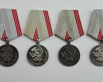 Soviet medal Labour work Veteran, soviet badges, madals, pins, made in USSR, honor mark, Medal, Soviet pin, work people