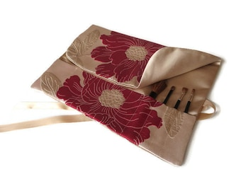 Makeup Brush Roll Gold Red Flowers Cosmetic Brush Travel Accessory Beauty Gift