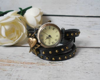 Watch black leather strap and heart and star rivets