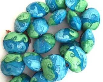 """HALF PRICE SALE Glass Beads with Ocean Look Blue Green 10 Beads 3/4"""""""
