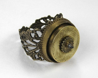 Steampunk Jewelry Ring HEAVY WEIGHT Vintage Brass Barrel on Filigree Adjustable Ring, MENS Gear Ring, Burning Man - Jewelry by edmdesigns