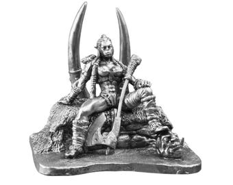 ORC Female Warrior Toy Soldiers Fantasy Girl 54mm Miniature