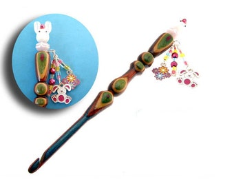 Handmade Wood Crochet Hook Easter Bunny size I