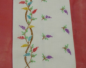 Pretty Vintage Guest Towel Cream Linen with French Knot Embroidery
