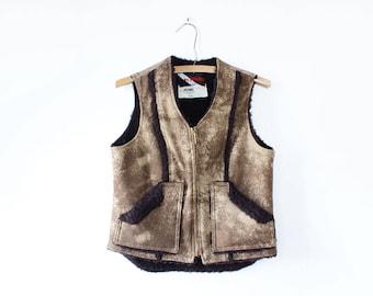 Faux Shearling Vest S • Vintage Vest Women • Vintage Faux Fur Vest • Fleece Vest • Vest With Pockets • Winter Vest • Faux Shearling • O580