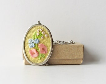 Floral necklace, ribbon embroidery jewelry, flower necklace, botanical jewelry, oval pendant with chain