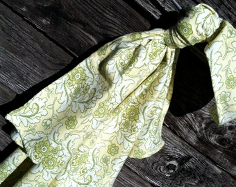 Heather Bailey Freshcut Flannel Finery Cream Baby Swaddling Blanket--LARGE