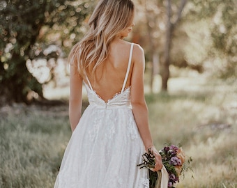sample SALE / Gillian / Lace Bohemian Wedding Dress / Cotton Lace with OPEN BACK Boho Romantic Rustic Wedding Dress /Thin Spaghetti Straps