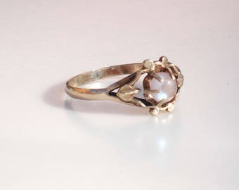 Antique Gold and Saphiret Glass Ring