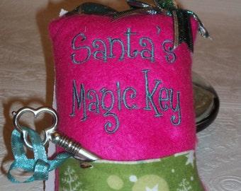 Santa's Magic Key, Christmas Gift, Christmas Tradition, Christmas Pillow, Christmas Door Hanger, Christmas Ornament, No Chimney, Santa