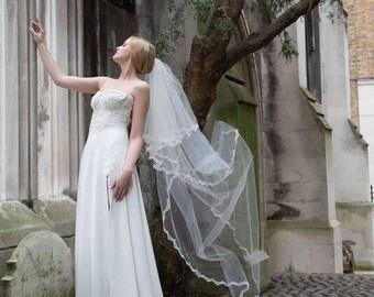 Lace Veil, Wedding Veil, Off White Veil, bridal veil, Ivory Veil, Ivory Wedding Veil, chapel veil, Soft Wedding Veil, elegant veil