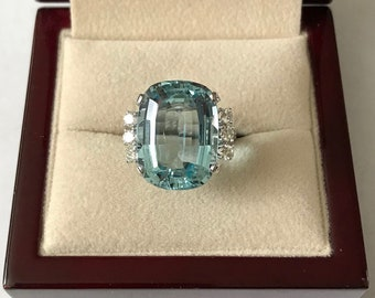 Vintage 14k White Gold Aquamarine and Diamond Ring Size 6.5