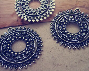 10pcs Antique silver circular flower pendant charm 40mm