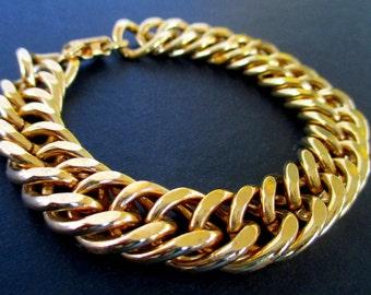 Link  Bracelet * Gold Tone * Classic Vintage