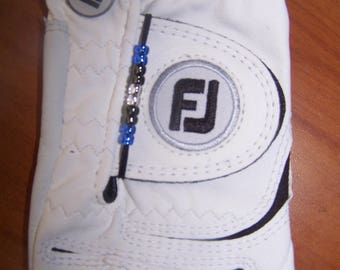 Golf stroke bead counter - fits on glove - keep track of strokes easily