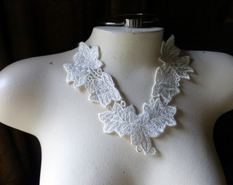 Ivy Lace Applique made in USA in Ivory Venise Lace for Bridal Sashes, Straps, Headbands, Sashes AM 24