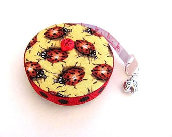 Tape Measure Realistic Ladybugs Retractable Measuring Tape