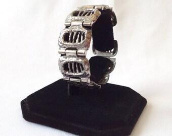 Vintage Modernist Brutalist Signed Robert Larin Pewter Bracelet