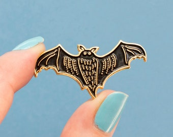 Bat Pin / Halloween Pin / Soft Enamel Pin / Bat Enamel Pin / Cute Pin Badge / Bats / Vampire Bat / Fruit Bat Pin / Cute Halloween Pin