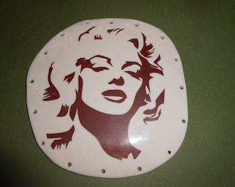 Mariyln Monroe Pine Needle Basket Based 4.5 x 4.5''